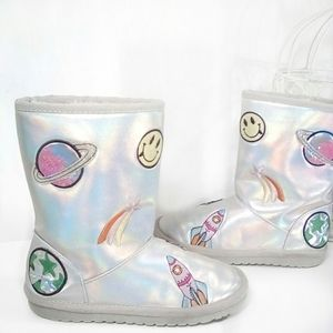 Children's Place metallic patch snow boots